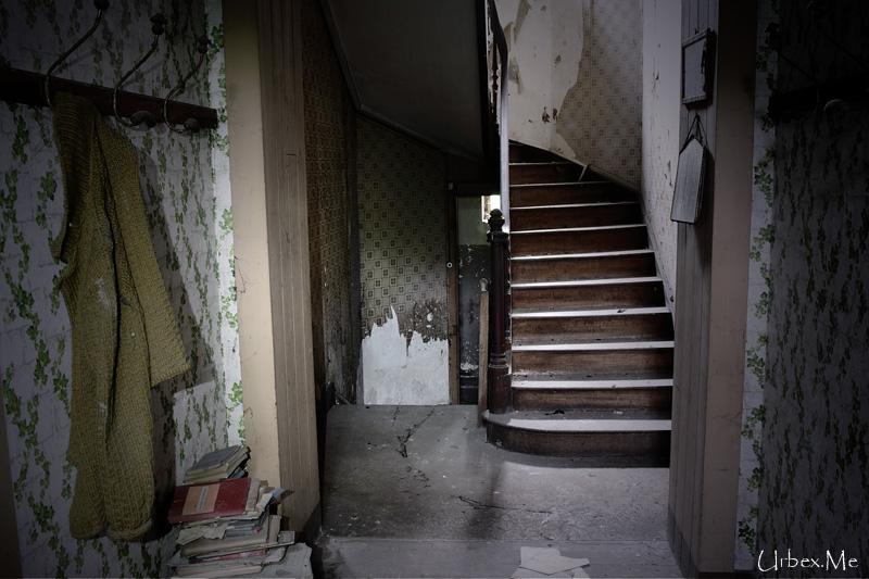 la maison des mari s urbex me reportages exploration urbaine. Black Bedroom Furniture Sets. Home Design Ideas
